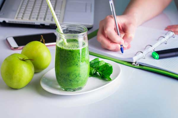 Nutritional Therapy - Apples and healthy green juice