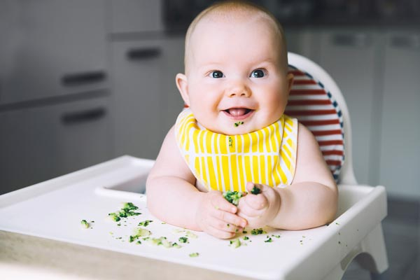 nutritional advice for pregnancy - baby in a high chair